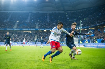 Nabil Bahoui - HSV, in a duel for the ball with a Hertha BSC player. 2016-03-06